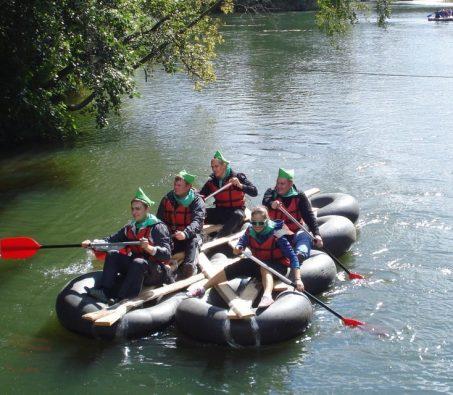 Сплав по реке на камерах
